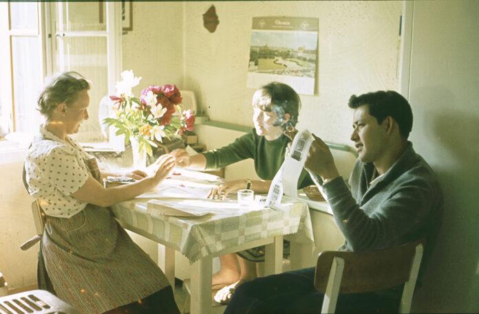 m Küchentisch, 1960er-Jahre, Fotocredit: privat