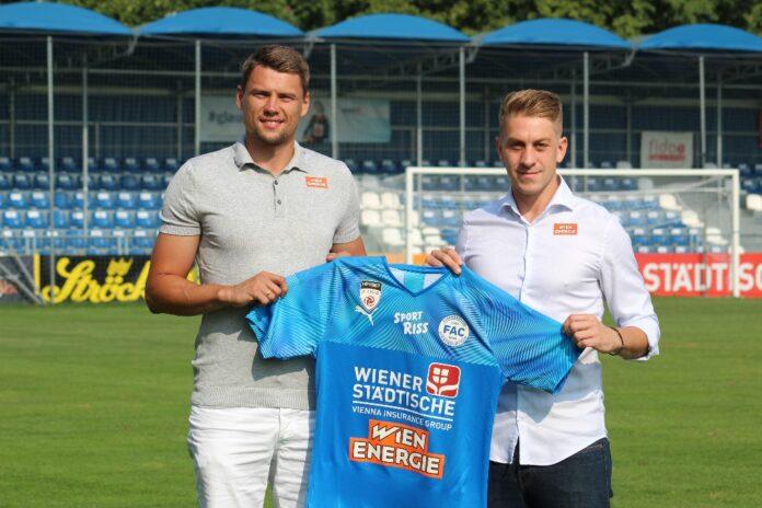 Neuzugang Sebastian Boenisch & FAC Manager Sport, Lukas Fischer. Bild: FAC.