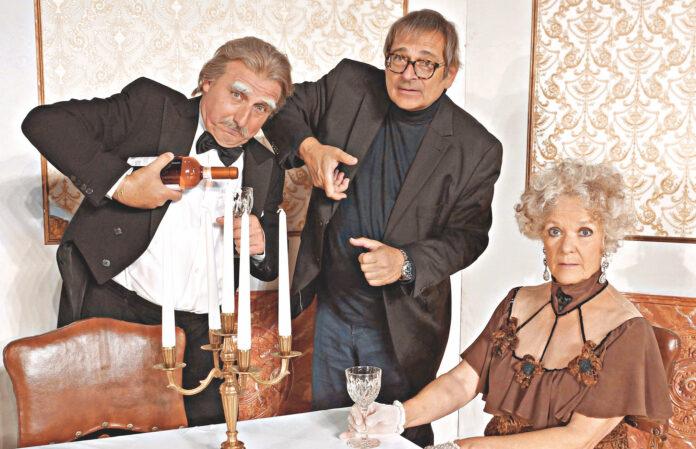 Von rechts: Dorothea Parton, Andreas Steppan & Christoph Fälbl bei den Proben. Bild: Gloria Theater.