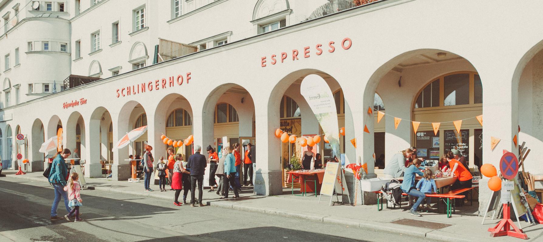 Gebietsbetreuung am Schlingermarkt. Bild: GB*.