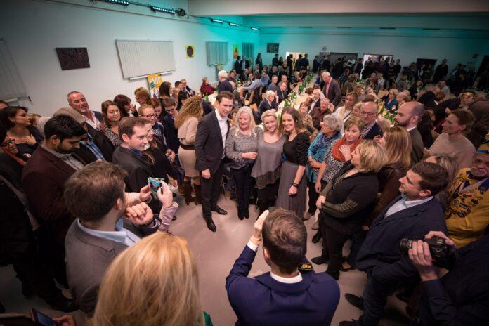 großer Andrang beim Meet & Greet mit Bundeskanzler Sebastian Kurz auf Einladung von Stadträtin Kristina Mandl (Foto: Jakob Glaser)