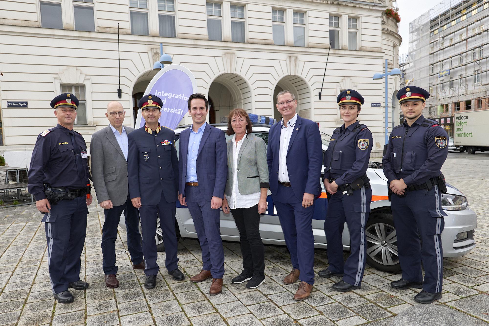 """""""Wien braucht dich!"""": Stadt sucht gemeinsam mit Wiener Polizei Wiener*innen mit Migrationshintergrund für die Polizeiarbeit. Bild: PID/Markus Wache."""