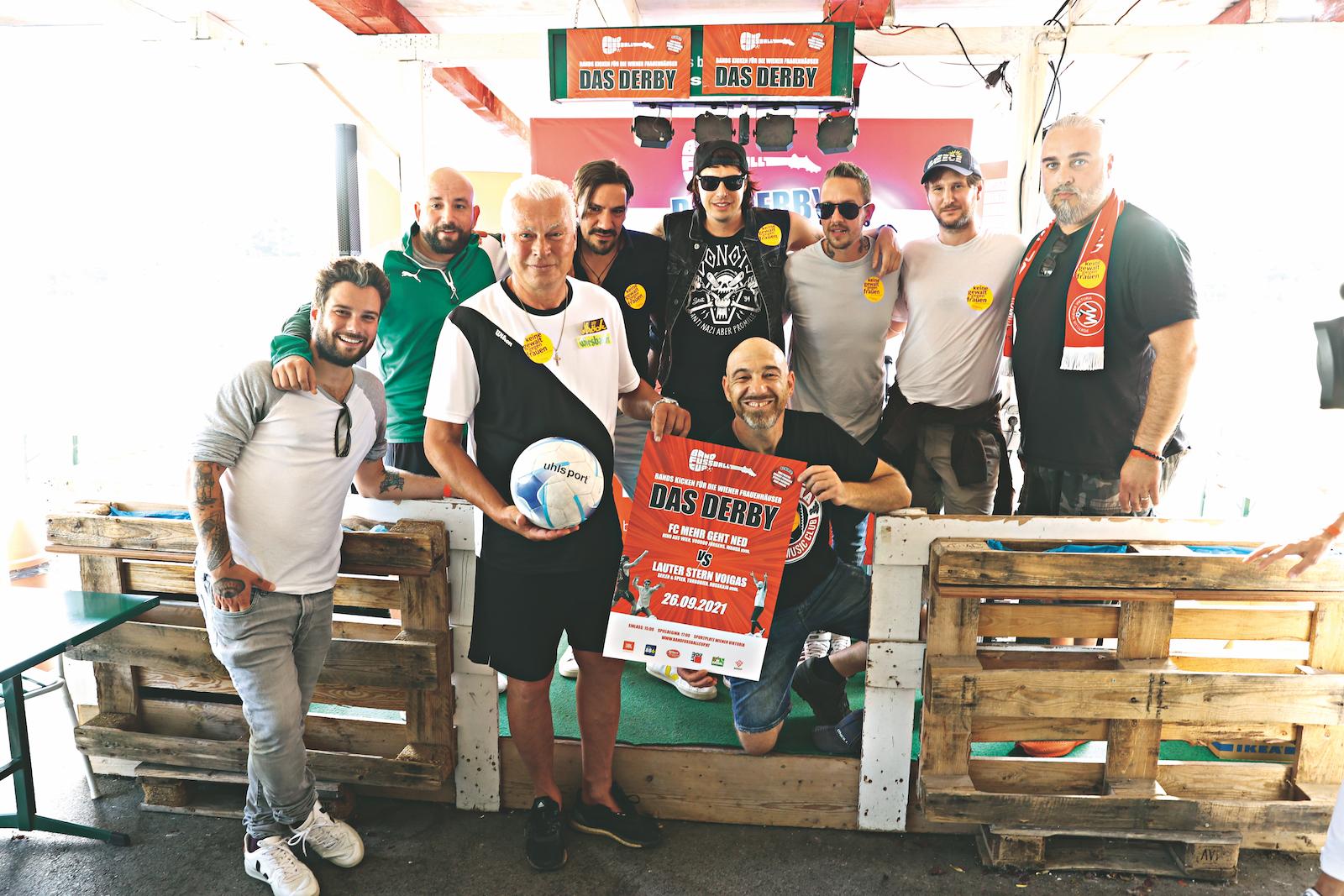 Roman Gregory bei  seiner Charity-Aktion Band-Fußball. Bild: ROBIN CONSULT Roland Rudolf