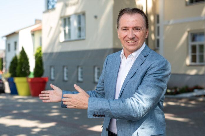 Bürgermeister Vojta. Bild: Stadtgemeinde Gerasdorf.